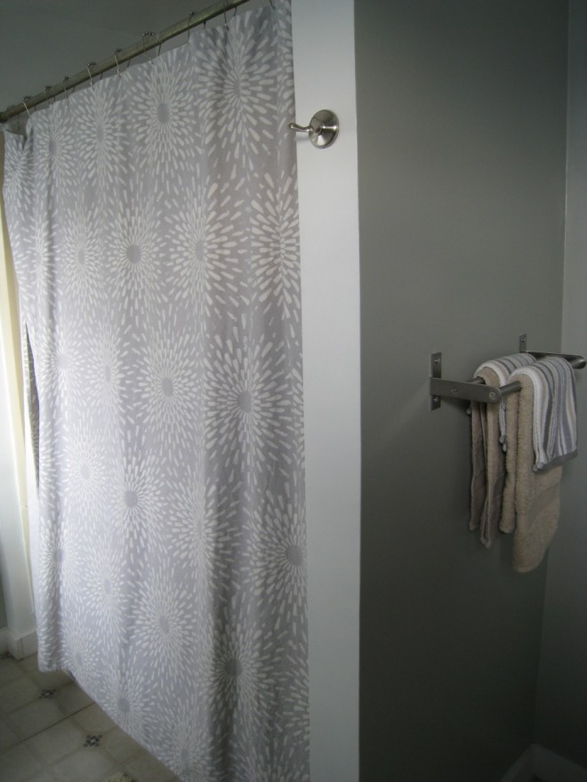 I also updated the shower curtain to complement the new, lighter palette.