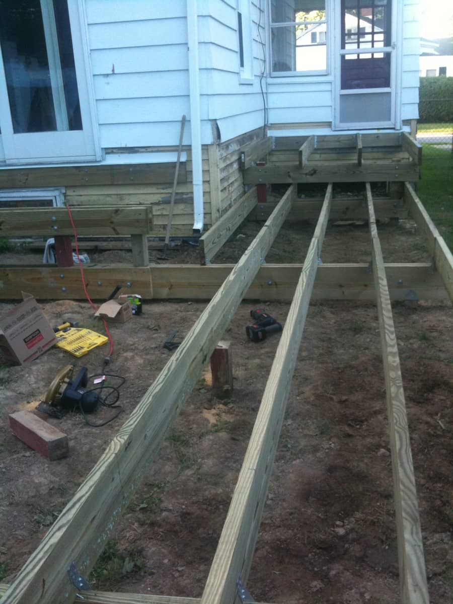 Loving my new 2x10 girders. Joists going in almost-effortlessly. So proud.