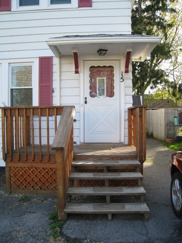 Diy front porch railings merrypad before old front porch solutioingenieria Choice Image