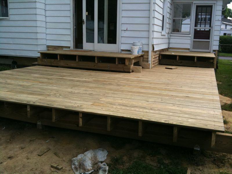 Deck, sans steps.