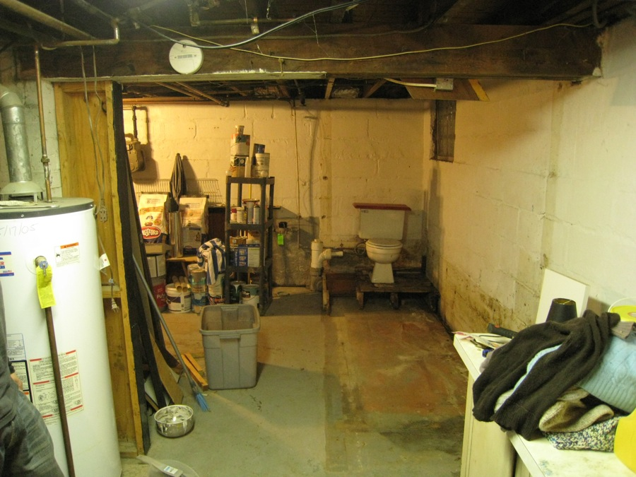 Basement corner opened! No more walls, no more sink.