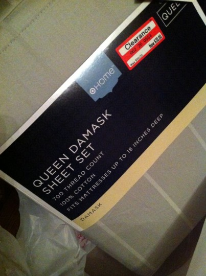 Queen Damask Sheet Set by Target Home. 700 Thread Count. On Clearance.