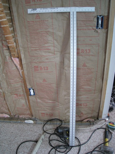 Drywall T-square. A must-have for drywalling DIY'ers.