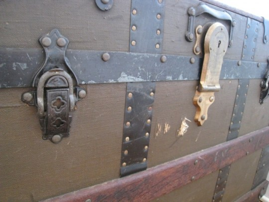Check out the detail in these latches.