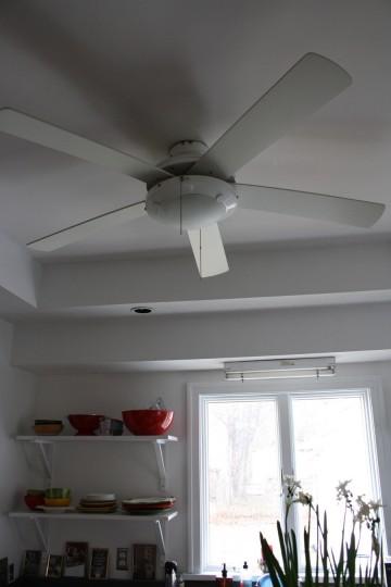 Kitchen fan, a keeper.
