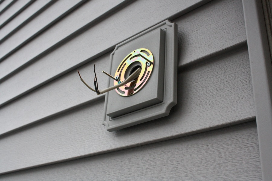 Installing a new exterior light merrypad aloadofball Gallery