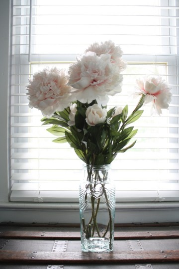 Long stem faux-peonies