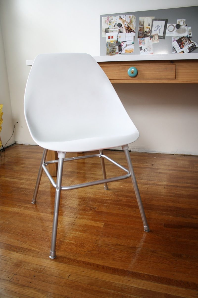 Upgrading an inexpensive plastic chair merrypad for Paint office chair
