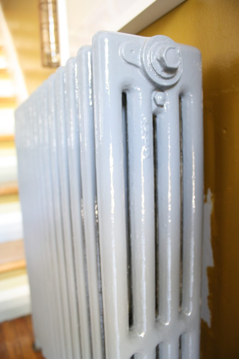 How To Paint Behind A Radiator Merrypad