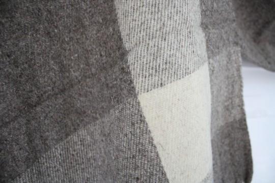 Scarf-y texture.