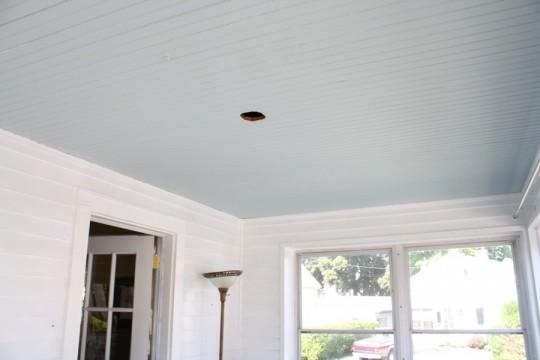 Sleek blue sunroom ceiling.
