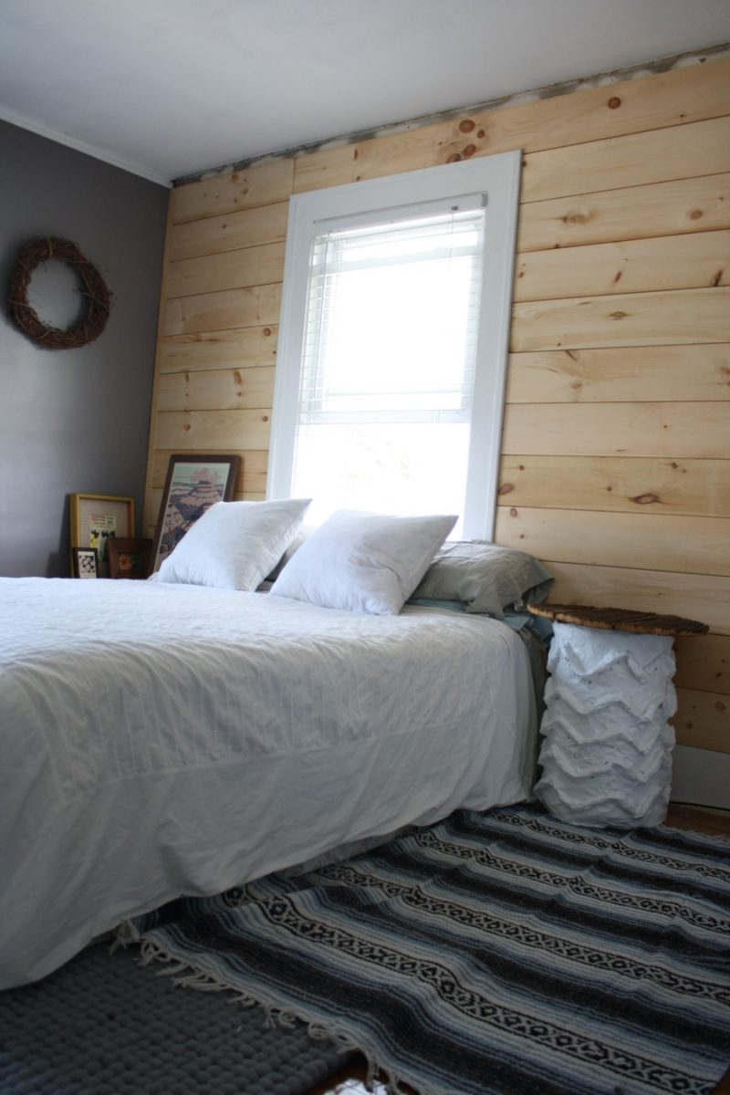 Diy Shiplap Paneling As A Custom Bedroom Headboard Merrypad