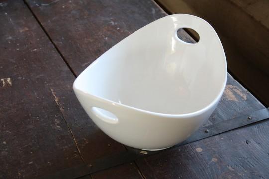 Serving bowl.