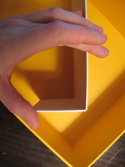 Folding mat paper with a simple scoring technique.