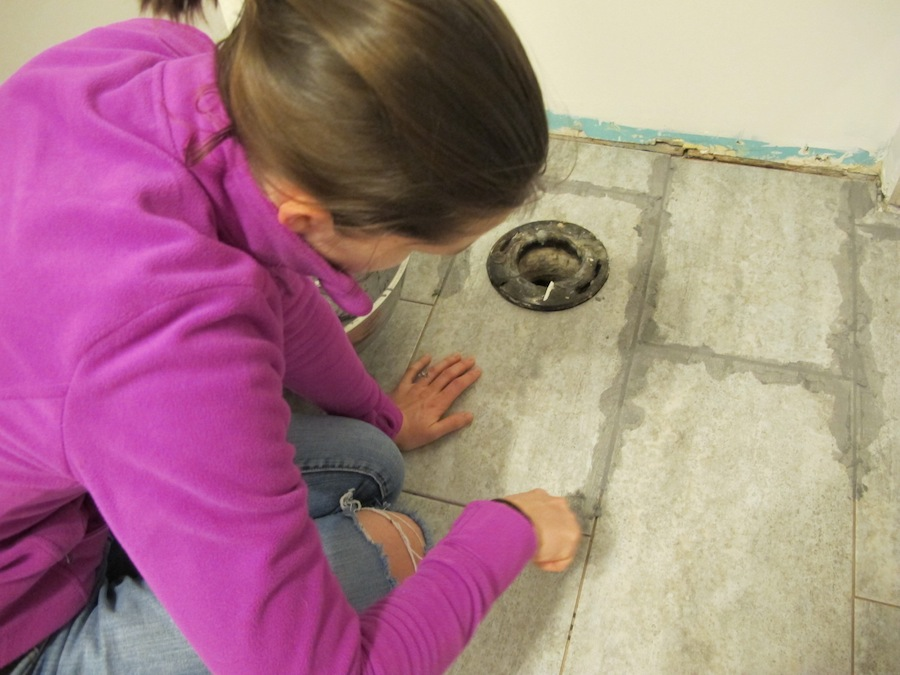 DIY grouting tips for vinyl tiles.