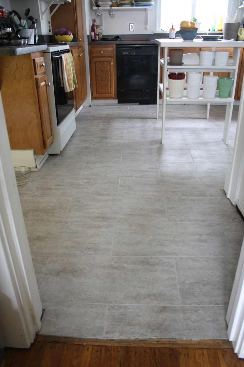 Tips for installing a kitchen vinyl tile floor merrypad for Kitchen vinyl flooring