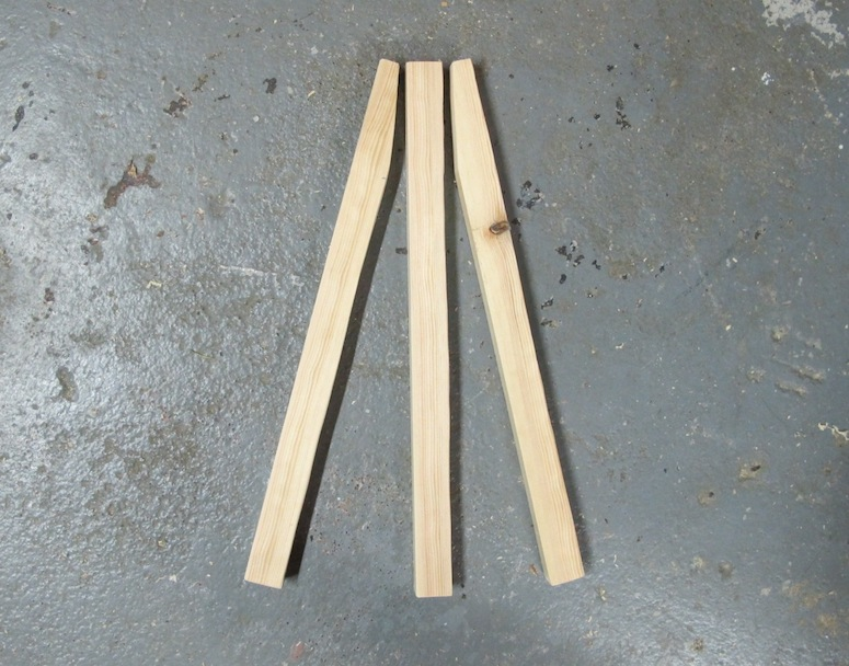 DIY Easel Picture Frame | merrypad