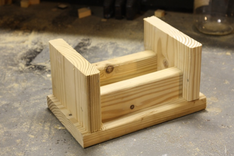 Upside down dry fit step stool just for show. : wooden stool plans - islam-shia.org