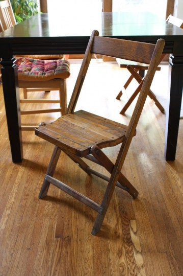 Wooden folding chairs, f-r-e-e!