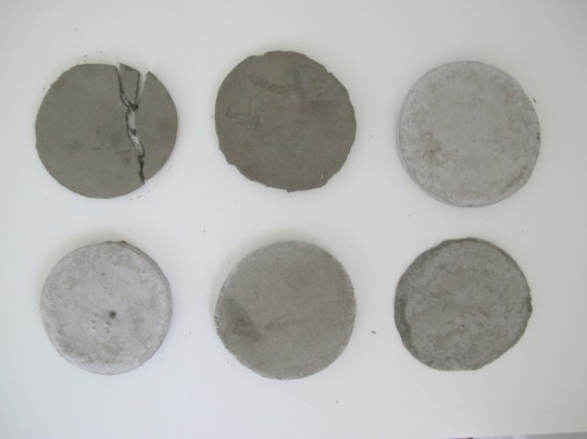 Little cement coaster vs. thicker cement coaster. Thin ones cracked.