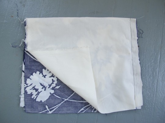 Using a heavier fabric to line the inside of the linen bag.