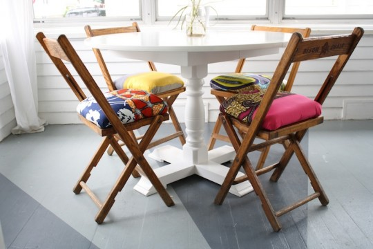 How to make Anthropologie inspired seat cushions.