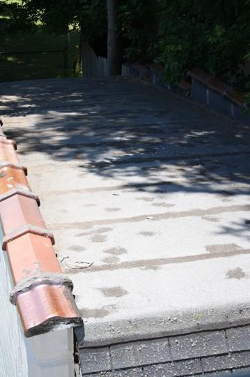 Swept garage roof. Ahh.