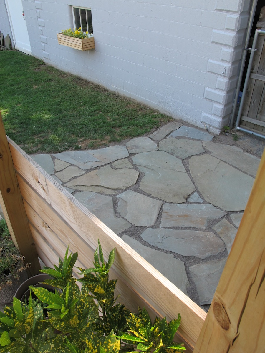 The 12-hour DIY Flagstone Patio | merrypad