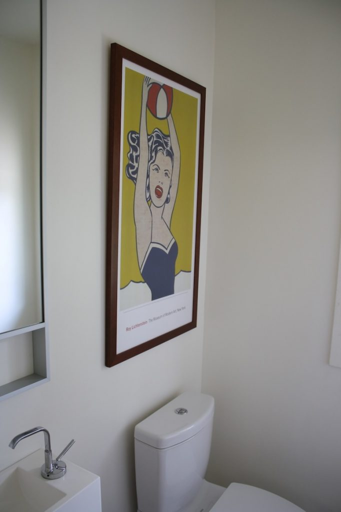 Bathroom art accent in Pete and Donna's house.