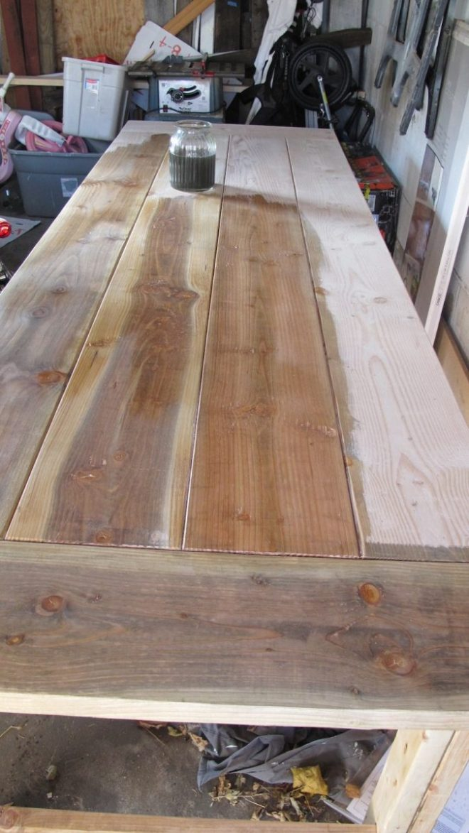DIY Natural Stain for Rustic Tables