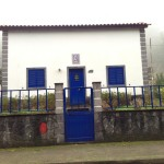 Sete Cidades had a lot of pretty, well-maintained homes. The blue on this home was striking, we didn't see a lot of dark blue accents on homes so much as tropical colors.