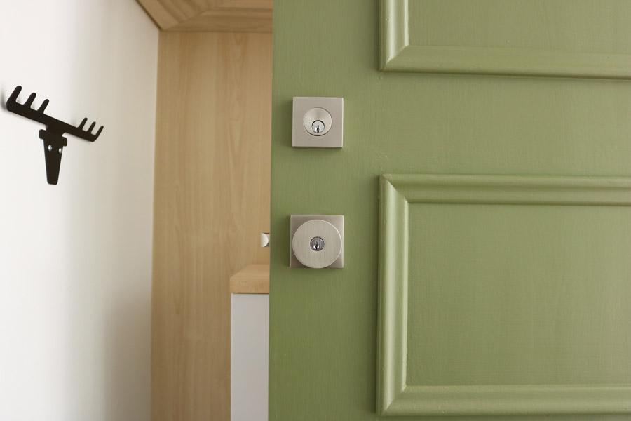 New emtek deadbolt and key in knob merrypad for Door key design