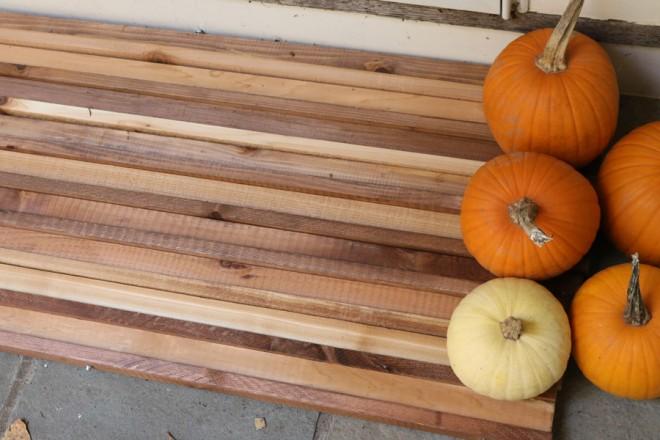 Cedar all-season doormat.