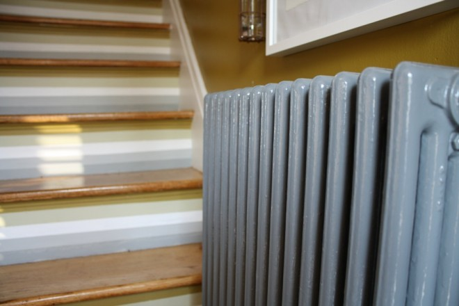 How to paint a large iron radiator, including the backside.