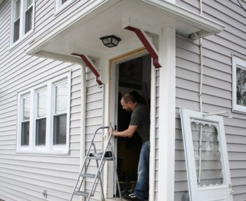 How to install an entryway storm door.