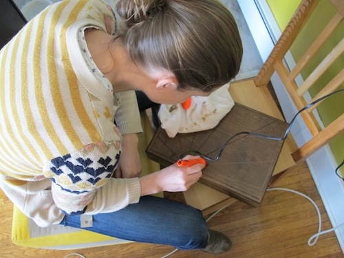 How to use woodburning tools to create a modern design in the top of an old silverware box.