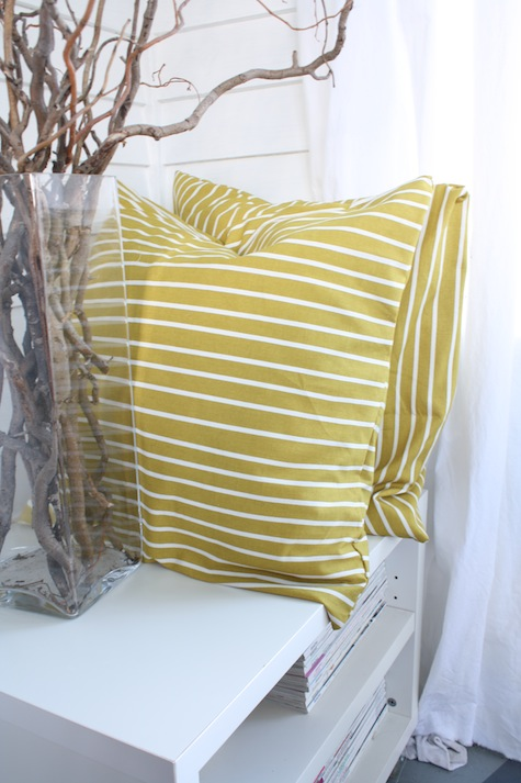 What can you make from an upcycled tablecloth? Pillows!