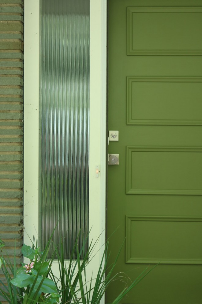 Choosing the perfect green for a front door.