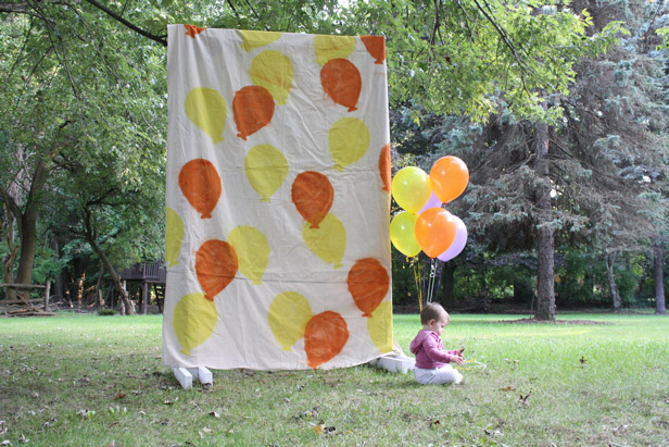 Make a DIY freestanding party photo backdrop.
