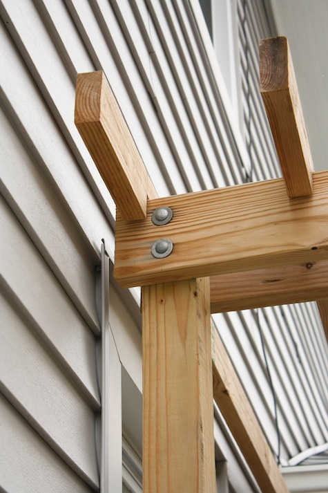 How to check your wooden pergola.
