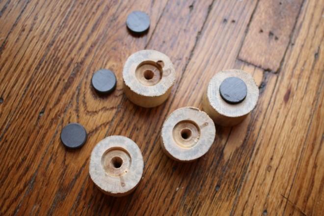 Driftwood Decor - DIY Magnets.