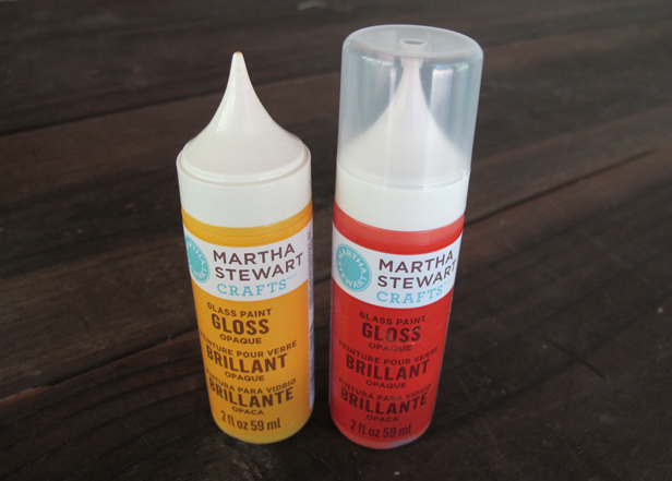 Product for painting on glass.