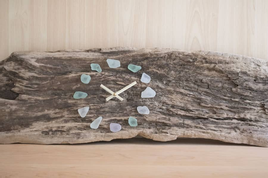 https://www.hgtv.com/design/make-and-celebrate/handmade/8-ways-to-upcycle-your-beach-driftwood-collection-pictures